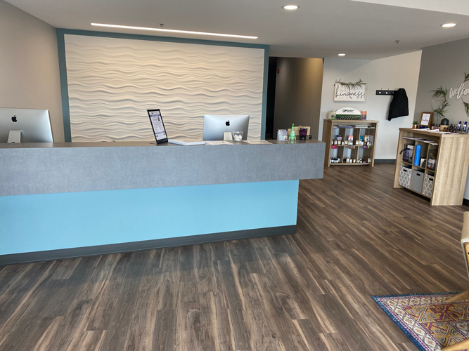 Chiropractic Inver Grove Heights MN Receptioniste Area at RH Health & Injury Specialists